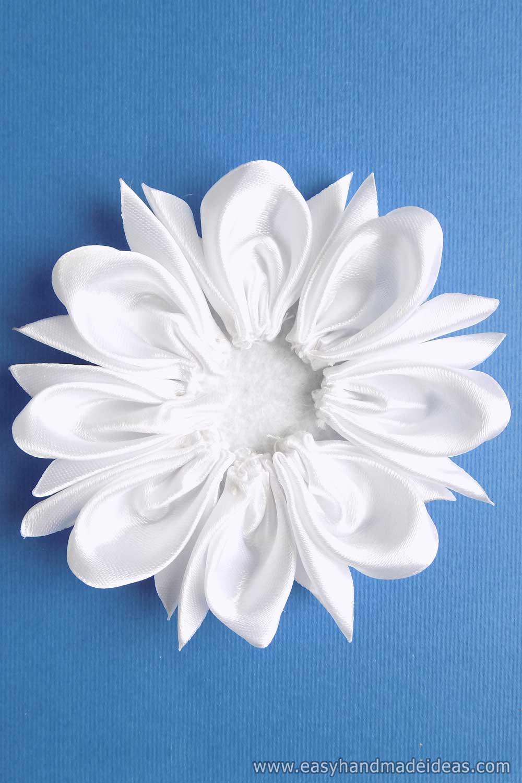 Felt Circle with 8 Petals