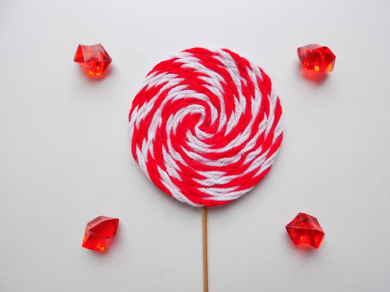 Yarn Lollipop Ornament