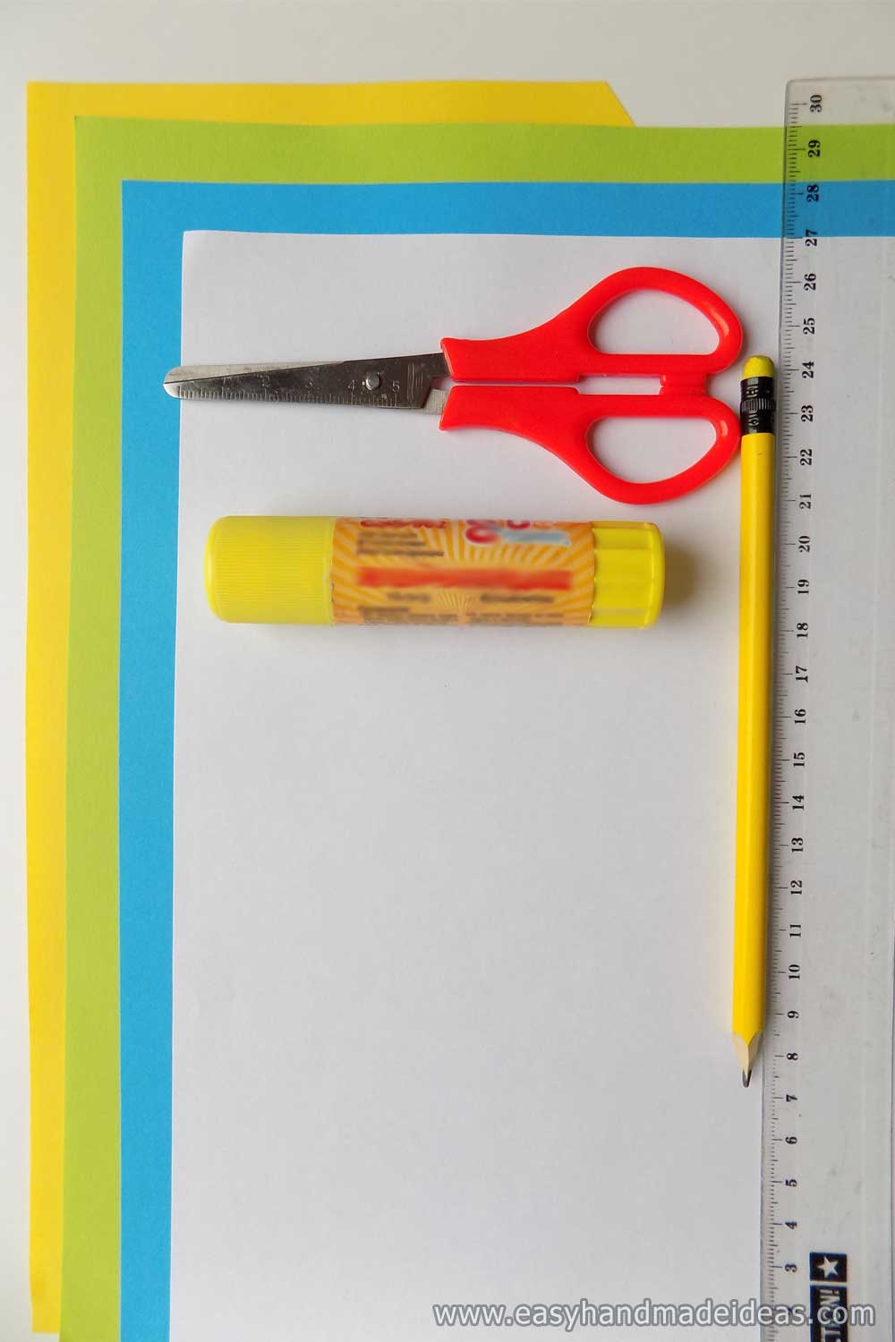 Materials and Tools for Paper Daffodils