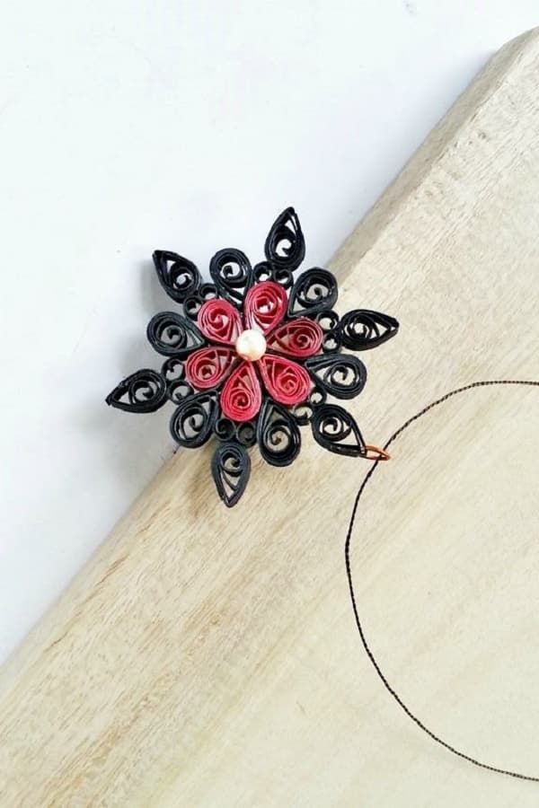 Simple Quilled Pendant