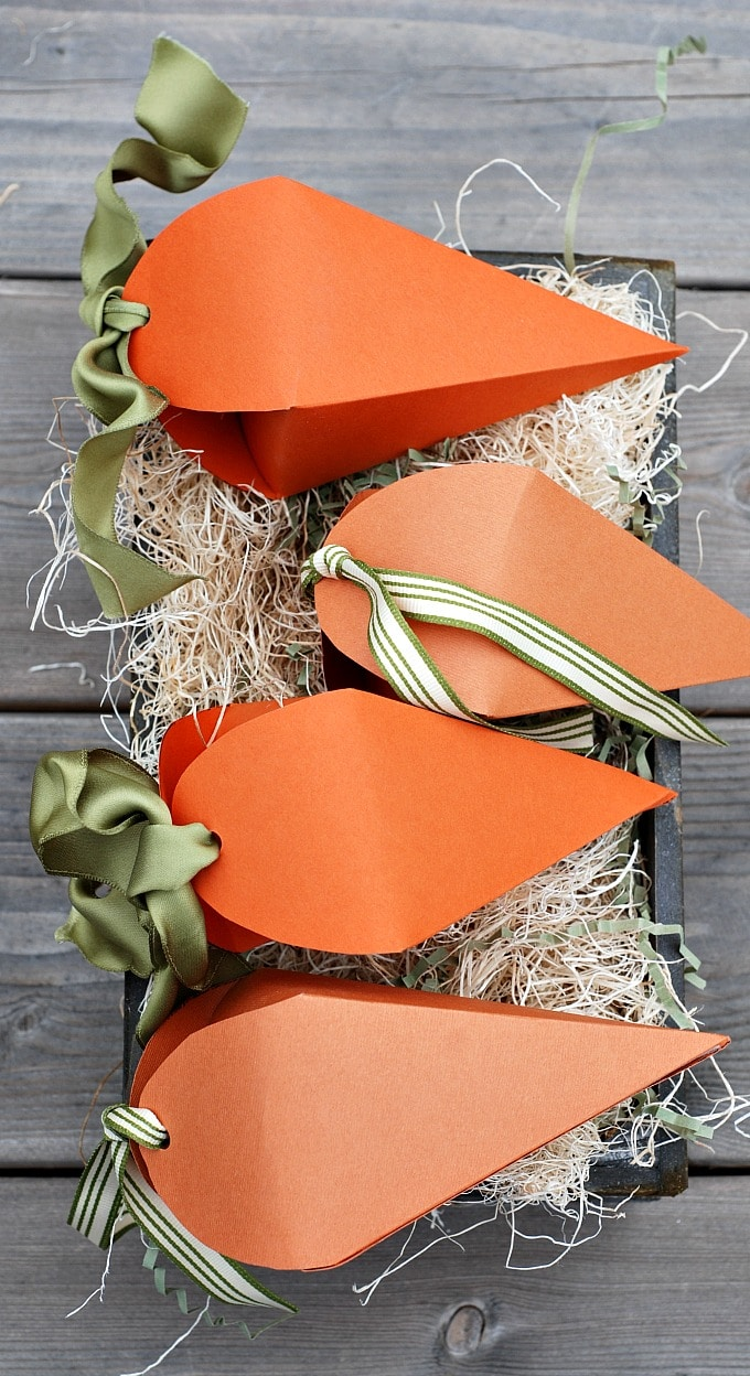 Easter Carrot Treat Boxes